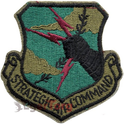 Нашивка приглушенная плечевая   Strategic Air     -  72104 U.S.A.F. Strategic Air Command Subdued Patch